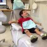 Pacjenci dentystów stawiają obecnie na trwałe implanty stomatologiczne
